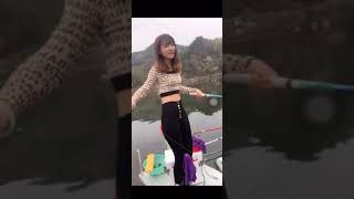 最高の釣りビデオ 🔴 素晴らしい釣り 🔴 大きな釣り 🔴 TikTok 中国 #Shorts 0 181